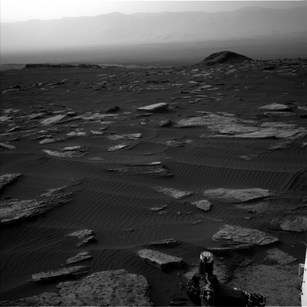 Nasa's Mars rover Curiosity acquired this image using its Left Navigation Camera on Sol 1630, at drive 1650, site number 61