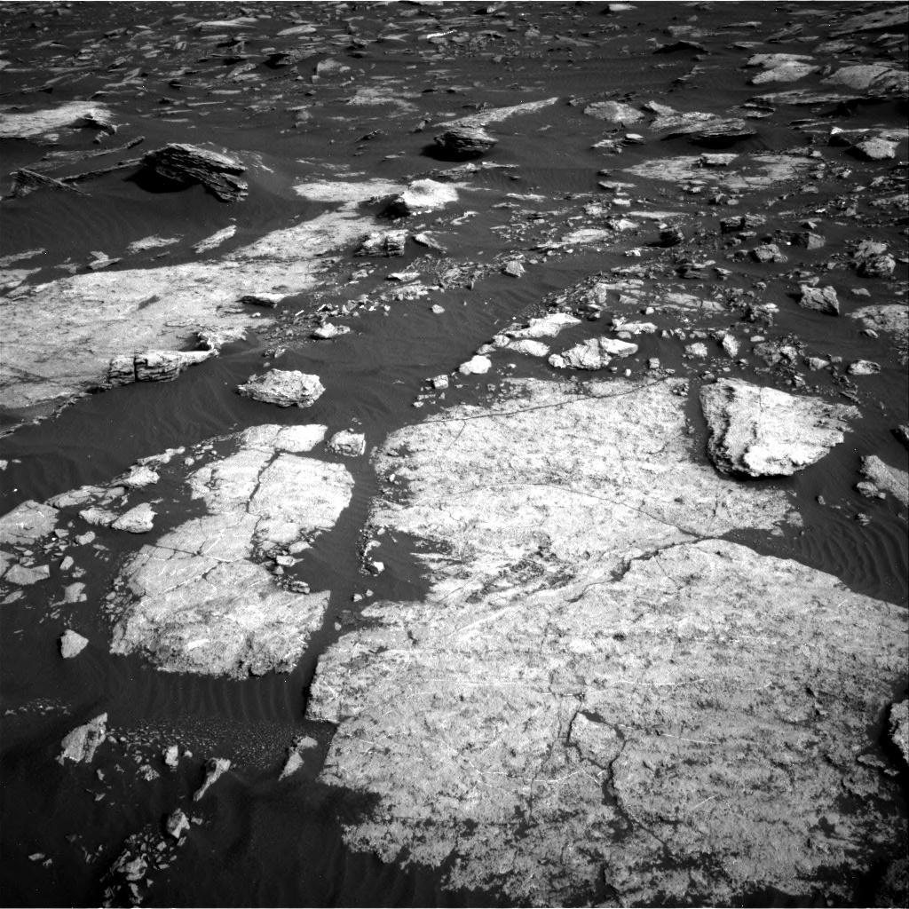 Nasa's Mars rover Curiosity acquired this image using its Right Navigation Camera on Sol 1630, at drive 1602, site number 61