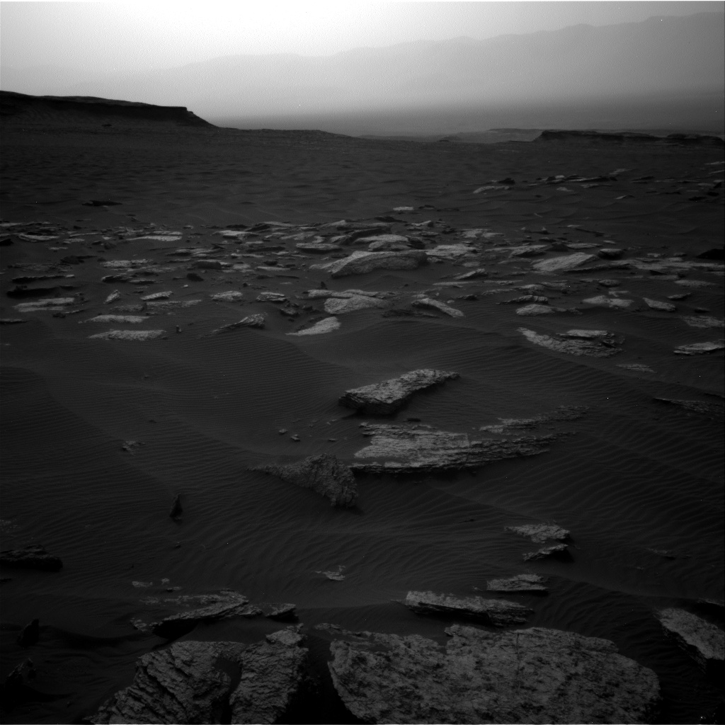 Nasa's Mars rover Curiosity acquired this image using its Right Navigation Camera on Sol 1630, at drive 1650, site number 61