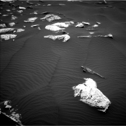 Nasa's Mars rover Curiosity acquired this image using its Left Navigation Camera on Sol 1635, at drive 1992, site number 61
