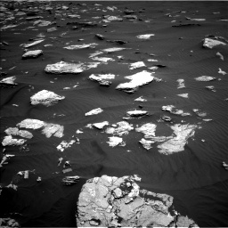 Nasa's Mars rover Curiosity acquired this image using its Left Navigation Camera on Sol 1635, at drive 2094, site number 61