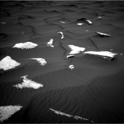Nasa's Mars rover Curiosity acquired this image using its Left Navigation Camera on Sol 1639, at drive 2232, site number 61