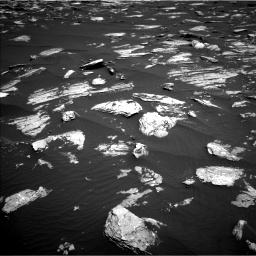 Nasa's Mars rover Curiosity acquired this image using its Left Navigation Camera on Sol 1639, at drive 2304, site number 61