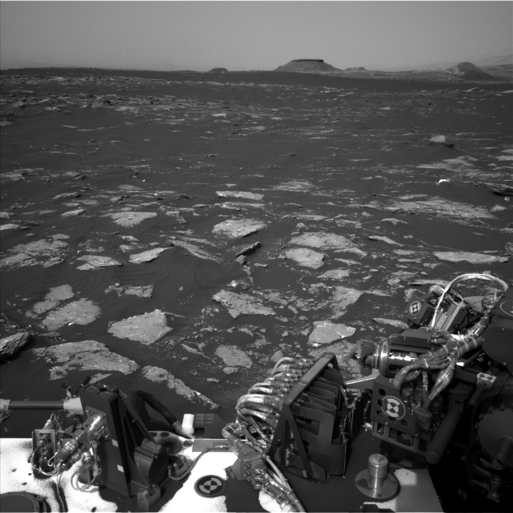 NASA's Mars rover Curiosity acquired this image using its Left Navigation Camera (Navcams) on Sol 1639