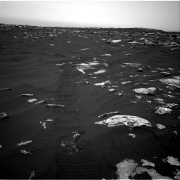 Nasa's Mars rover Curiosity acquired this image using its Right Navigation Camera on Sol 1639, at drive 2256, site number 61