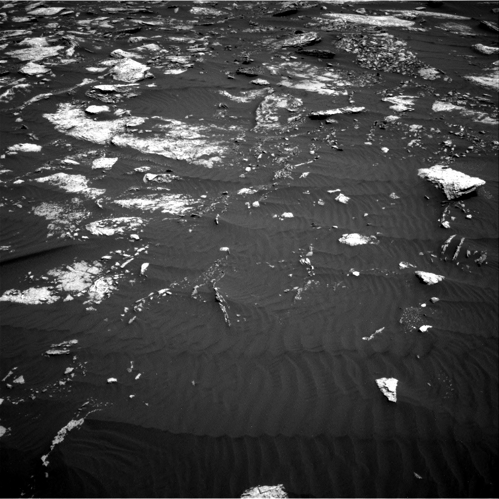 Nasa's Mars rover Curiosity acquired this image using its Right Navigation Camera on Sol 1639, at drive 2436, site number 61