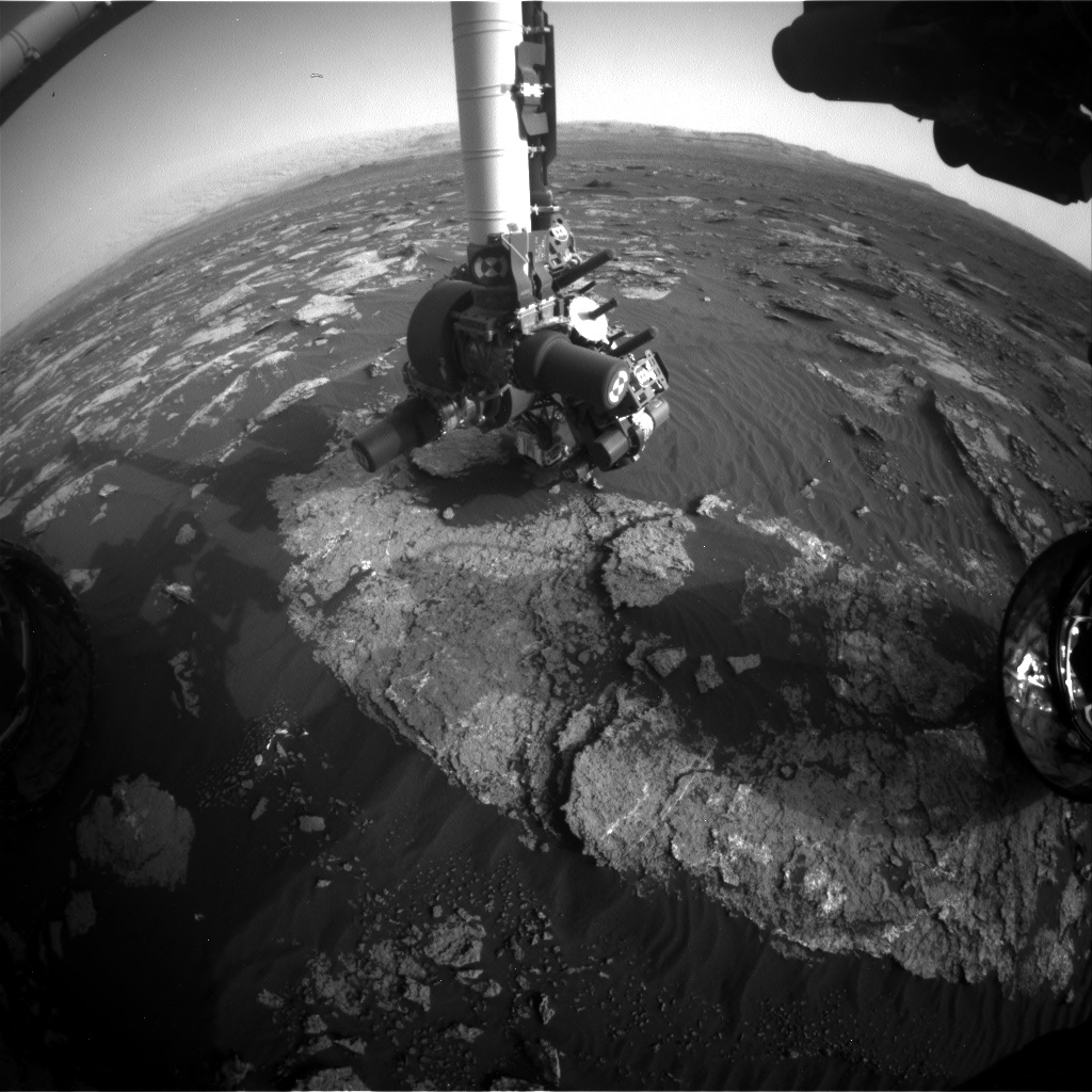 Nasa's Mars rover Curiosity acquired this image using its Front Hazard Avoidance Camera (Front Hazcam) on Sol 1640, at drive 2472, site number 61