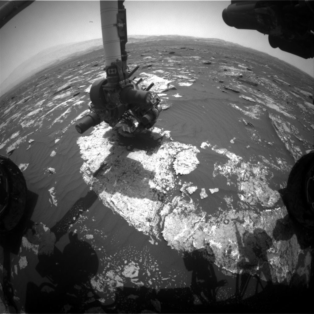 Nasa's Mars rover Curiosity acquired this image using its Front Hazard Avoidance Camera (Front Hazcam) on Sol 1641, at drive 2472, site number 61