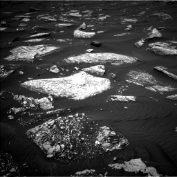 Nasa's Mars rover Curiosity acquired this image using its Left Navigation Camera on Sol 1642, at drive 2526, site number 61