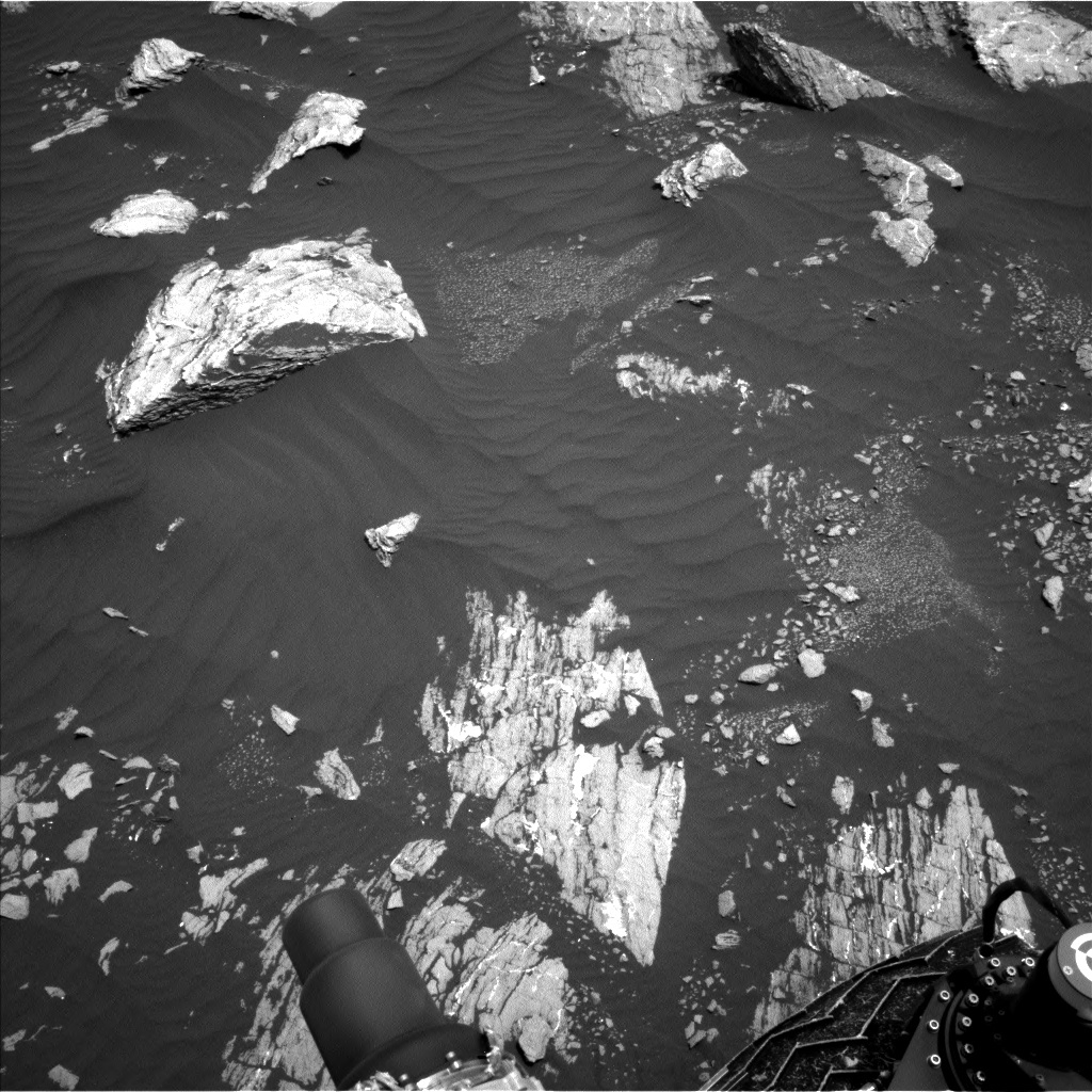 NASA's Mars rover Curiosity acquired this image using its Left Navigation Camera (Navcams) on Sol 1642
