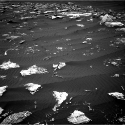 Nasa's Mars rover Curiosity acquired this image using its Right Navigation Camera on Sol 1642, at drive 2592, site number 61