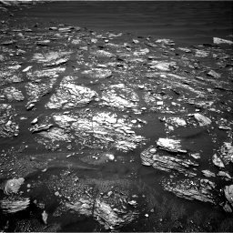 Nasa's Mars rover Curiosity acquired this image using its Right Navigation Camera on Sol 1642, at drive 2694, site number 61