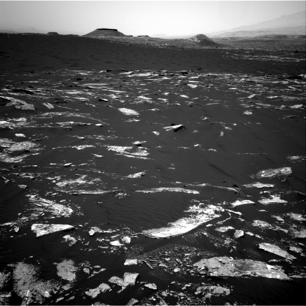Nasa's Mars rover Curiosity acquired this image using its Right Navigation Camera on Sol 1645, at drive 3226, site number 61