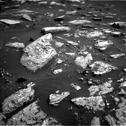 Nasa's Mars rover Curiosity acquired this image using its Left Navigation Camera on Sol 1648, at drive 12, site number 62