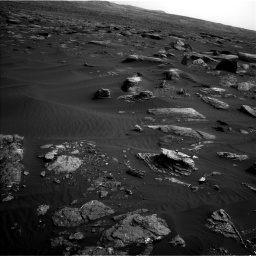 Nasa's Mars rover Curiosity acquired this image using its Left Navigation Camera on Sol 1648, at drive 54, site number 62