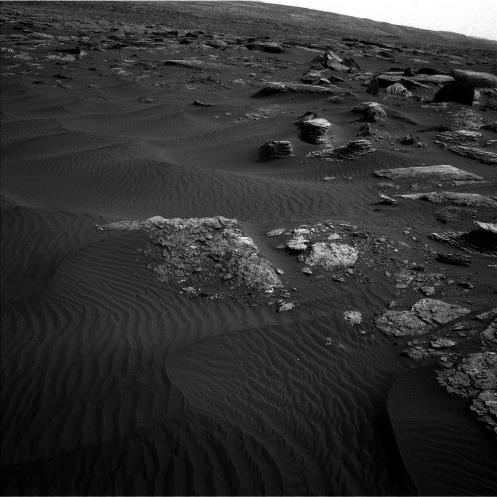 Nasa's Mars rover Curiosity acquired this image using its Left Navigation Camera on Sol 1648, at drive 108, site number 62