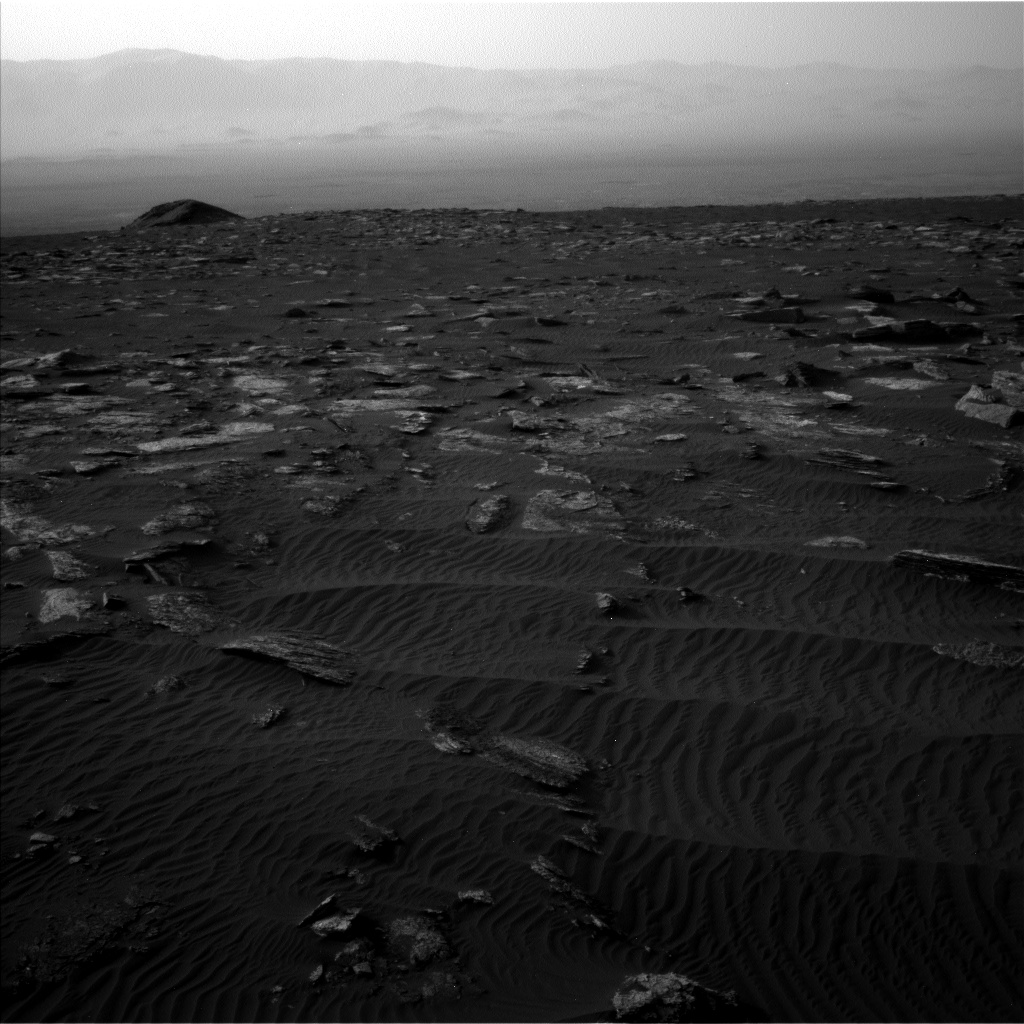 Nasa's Mars rover Curiosity acquired this image using its Left Navigation Camera on Sol 1659, at drive 444, site number 62