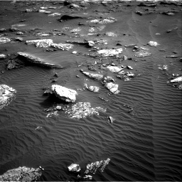 Nasa's Mars rover Curiosity acquired this image using its Right Navigation Camera on Sol 1659, at drive 360, site number 62