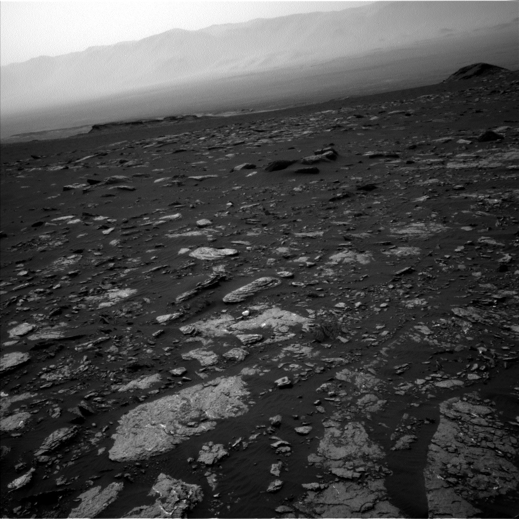 Nasa's Mars rover Curiosity acquired this image using its Left Navigation Camera on Sol 1662, at drive 660, site number 62