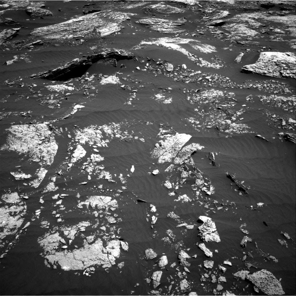 Nasa's Mars rover Curiosity acquired this image using its Right Navigation Camera on Sol 1662, at drive 624, site number 62