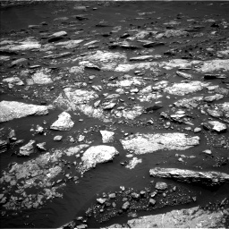 Nasa's Mars rover Curiosity acquired this image using its Left Navigation Camera on Sol 1664, at drive 678, site number 62