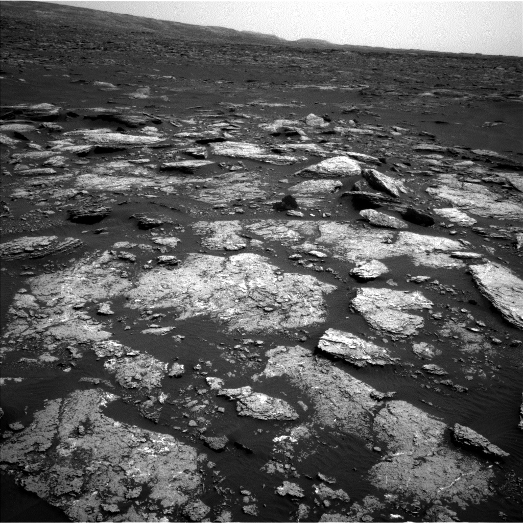 Nasa's Mars rover Curiosity acquired this image using its Left Navigation Camera on Sol 1664, at drive 690, site number 62