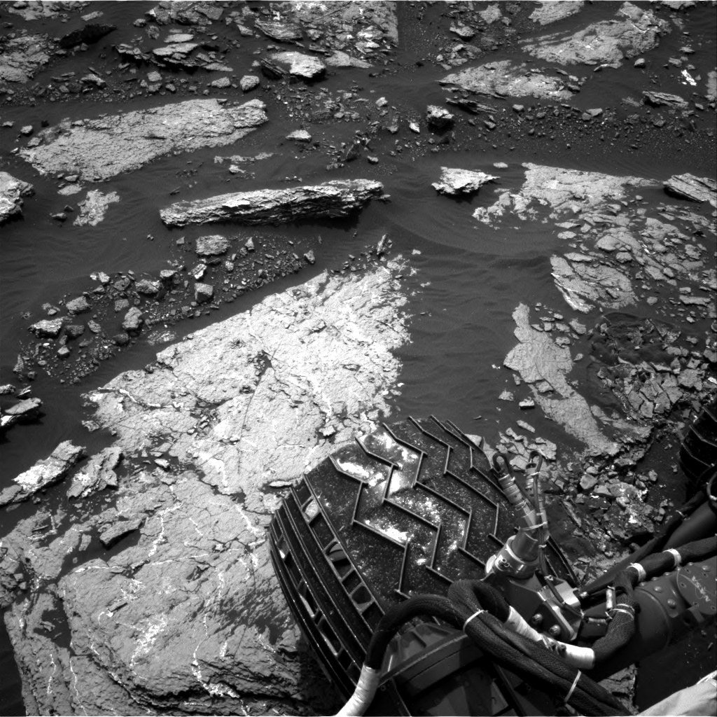 Nasa's Mars rover Curiosity acquired this image using its Right Navigation Camera on Sol 1664, at drive 690, site number 62