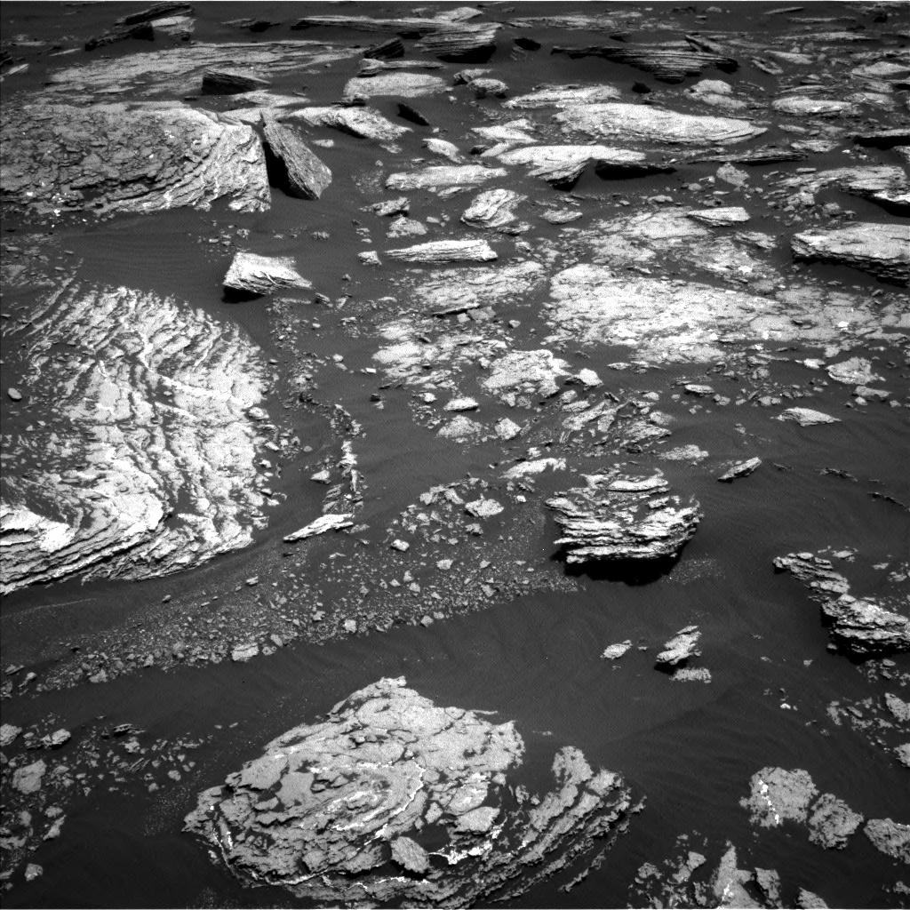 Nasa's Mars rover Curiosity acquired this image using its Left Navigation Camera on Sol 1666, at drive 750, site number 62