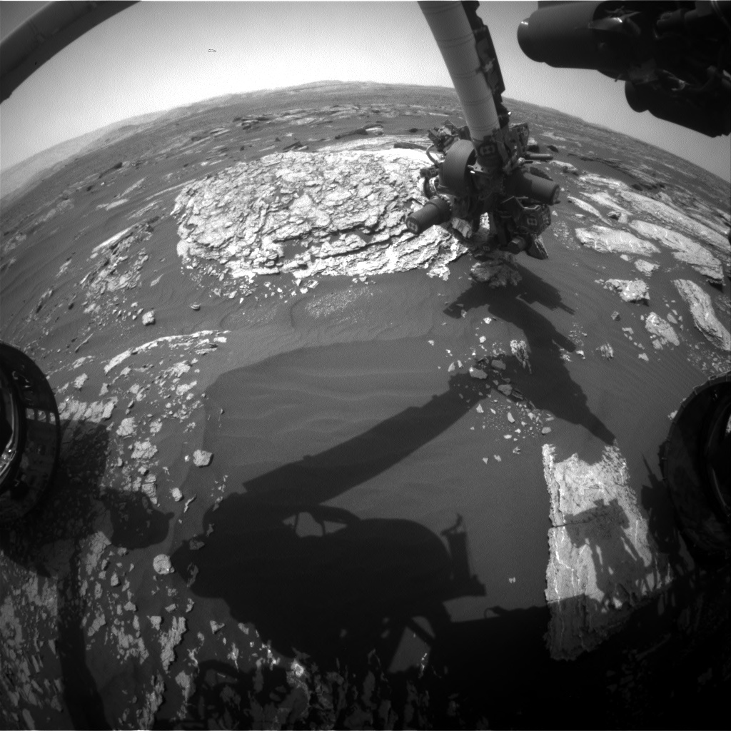 Nasa's Mars rover Curiosity acquired this image using its Front Hazard Avoidance Camera (Front Hazcam) on Sol 1669, at drive 786, site number 62