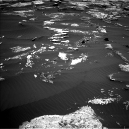 Nasa's Mars rover Curiosity acquired this image using its Left Navigation Camera on Sol 1669, at drive 888, site number 62