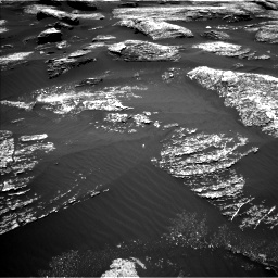 Nasa's Mars rover Curiosity acquired this image using its Left Navigation Camera on Sol 1669, at drive 954, site number 62