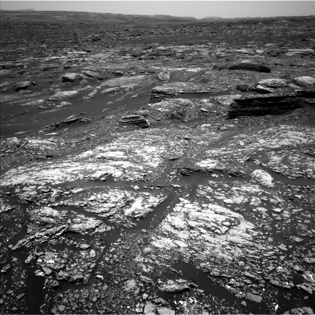 Nasa's Mars rover Curiosity acquired this image using its Left Navigation Camera on Sol 1669, at drive 1080, site number 62