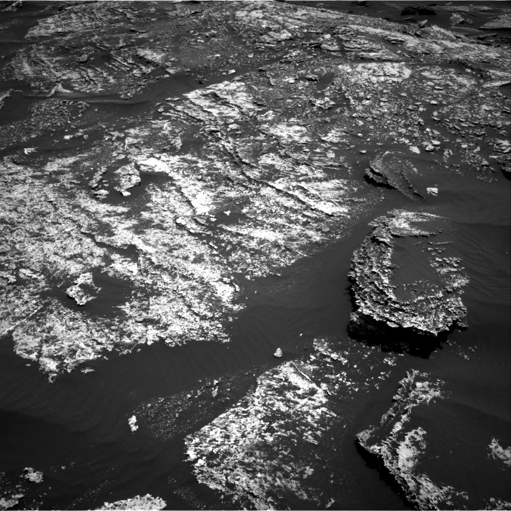 Nasa's Mars rover Curiosity acquired this image using its Right Navigation Camera on Sol 1669, at drive 1044, site number 62