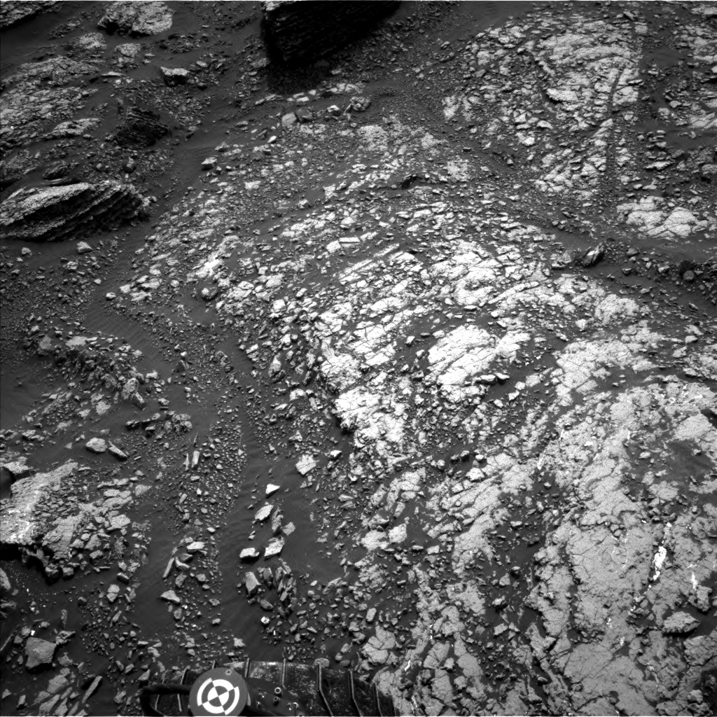 Nasa's Mars rover Curiosity acquired this image using its Left Navigation Camera on Sol 1671, at drive 1140, site number 62