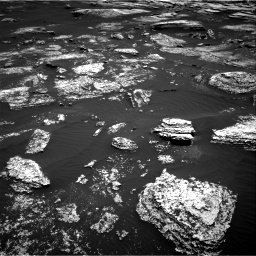 Nasa's Mars rover Curiosity acquired this image using its Right Navigation Camera on Sol 1672, at drive 1254, site number 62