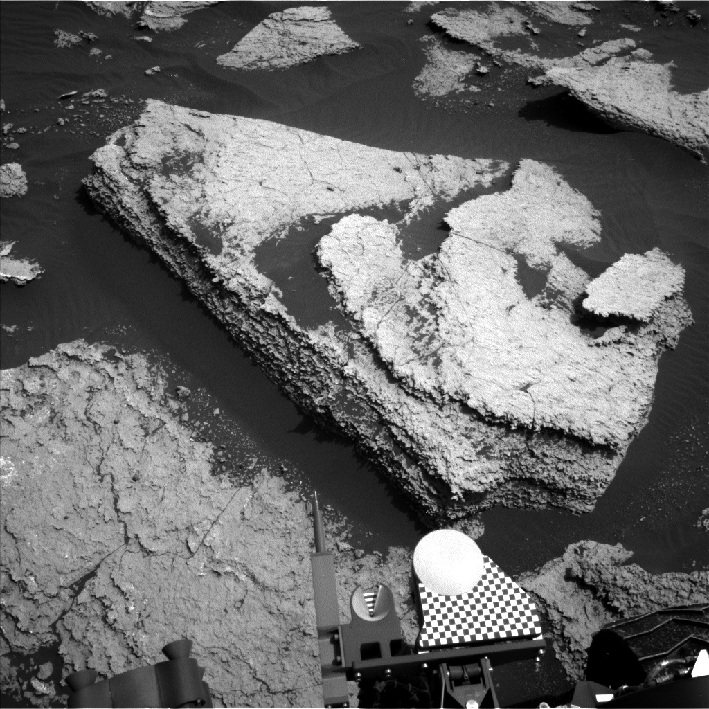 NASA's Mars rover Curiosity acquired this image using its Left Navigation Camera (Navcams) on Sol 1673