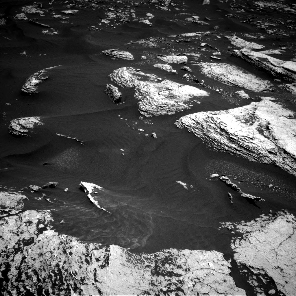 Nasa's Mars rover Curiosity acquired this image using its Right Navigation Camera on Sol 1673, at drive 1344, site number 62