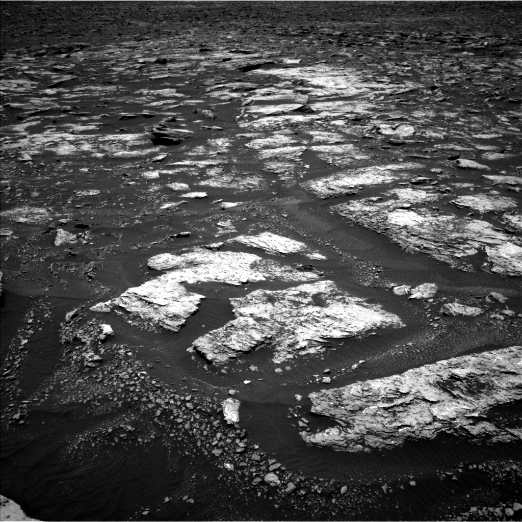 Nasa's Mars rover Curiosity acquired this image using its Left Navigation Camera on Sol 1676, at drive 1530, site number 62