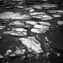 Nasa's Mars rover Curiosity acquired this image using its Right Navigation Camera on Sol 1679, at drive 2200, site number 62