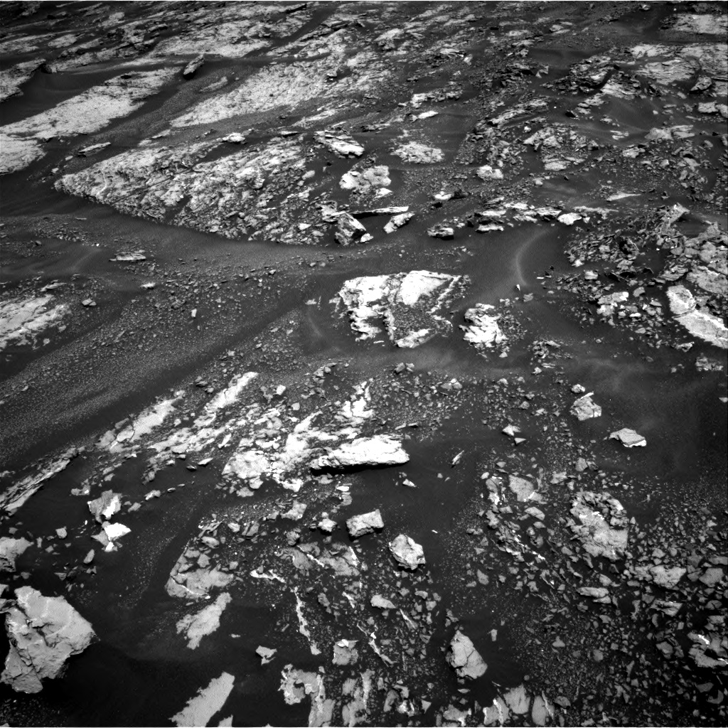Nasa's Mars rover Curiosity acquired this image using its Right Navigation Camera on Sol 1679, at drive 2212, site number 62
