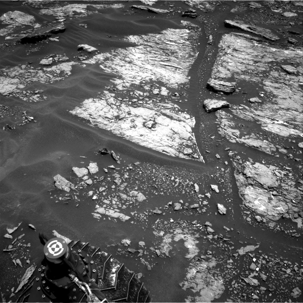 Nasa's Mars rover Curiosity acquired this image using its Right Navigation Camera on Sol 1680, at drive 2452, site number 62