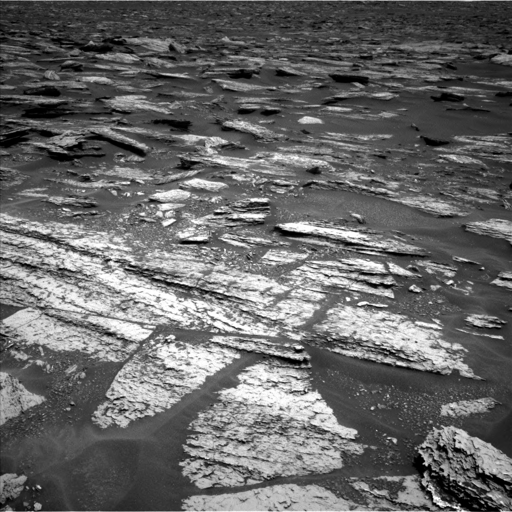 Nasa's Mars rover Curiosity acquired this image using its Left Navigation Camera on Sol 1683, at drive 2656, site number 62