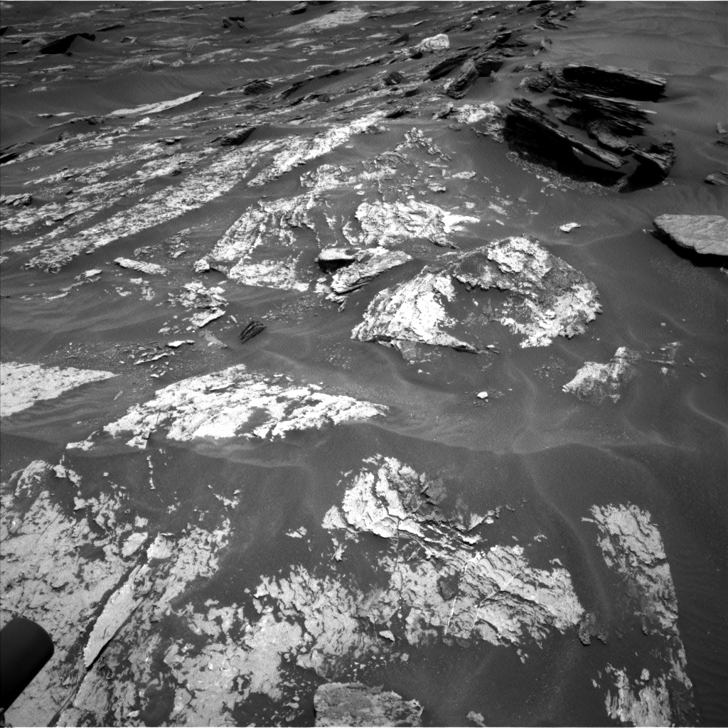 Nasa's Mars rover Curiosity acquired this image using its Left Navigation Camera on Sol 1685, at drive 3146, site number 62