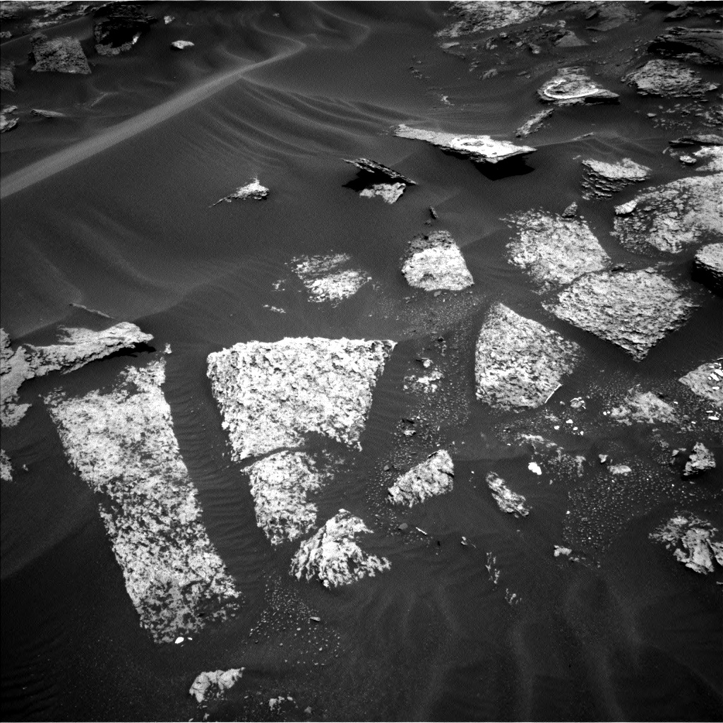 Nasa's Mars rover Curiosity acquired this image using its Left Navigation Camera on Sol 1686, at drive 3266, site number 62