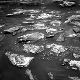 Nasa's Mars rover Curiosity acquired this image using its Left Navigation Camera on Sol 1686, at drive 3320, site number 62