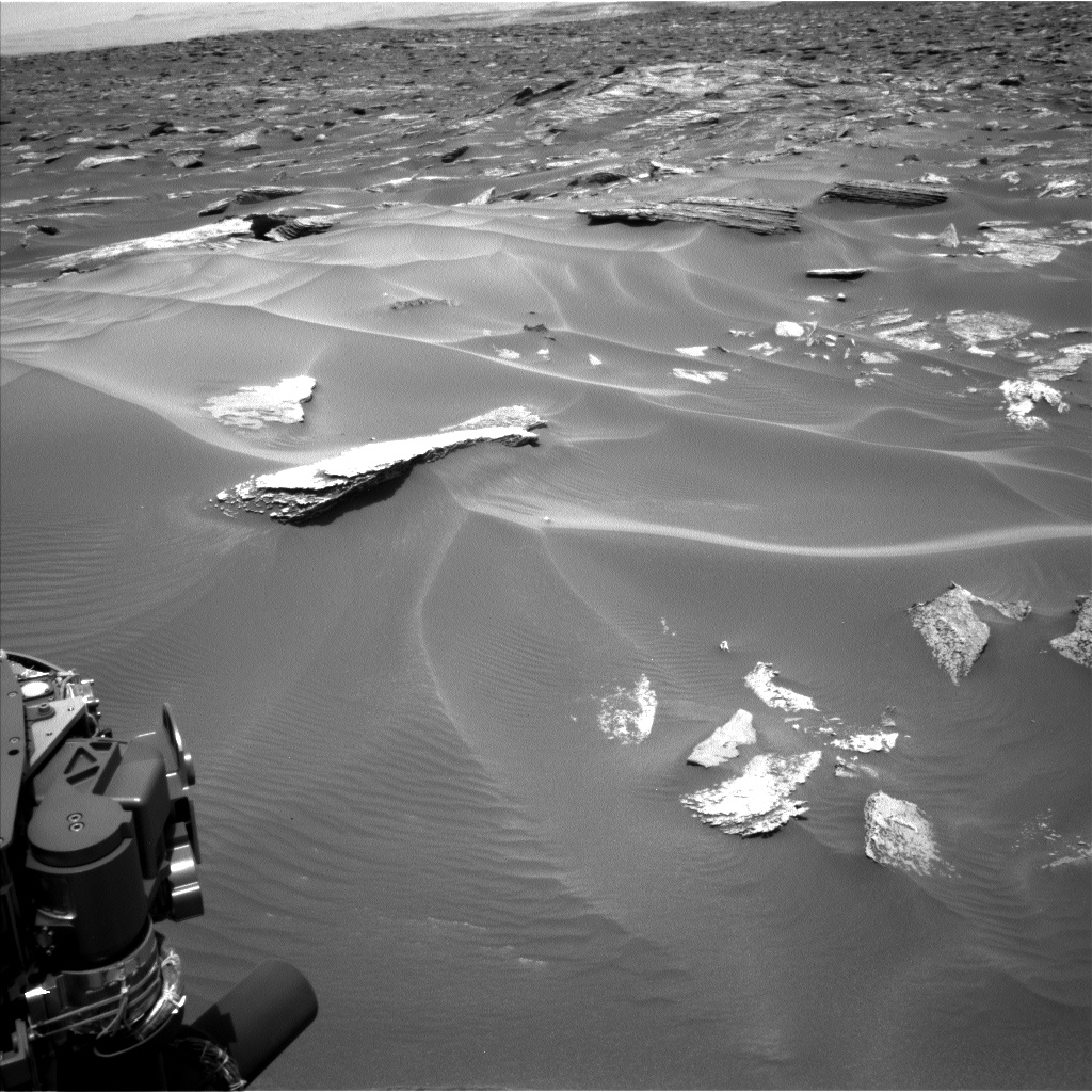 Nasa's Mars rover Curiosity acquired this image using its Left Navigation Camera on Sol 1686, at drive 3350, site number 62