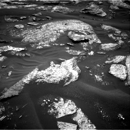 Nasa's Mars rover Curiosity acquired this image using its Right Navigation Camera on Sol 1686, at drive 3272, site number 62