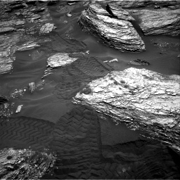 Nasa's Mars rover Curiosity acquired this image using its Right Navigation Camera on Sol 1693, at drive 196, site number 63