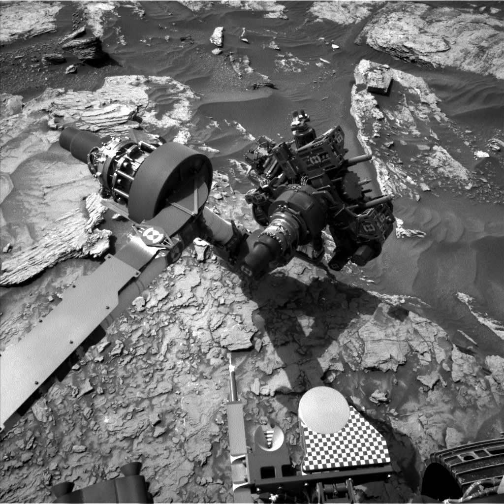 Nasa's Mars rover Curiosity acquired this image using its Left Navigation Camera on Sol 1696, at drive 346, site number 63