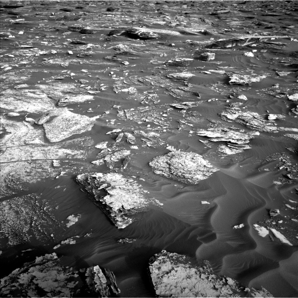 Nasa's Mars rover Curiosity acquired this image using its Left Navigation Camera on Sol 1698, at drive 1150, site number 63